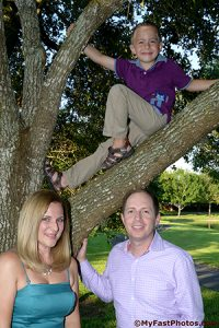 outdoor family portrait in Katy TX