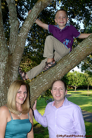 outdoor family portrait in Katy TX