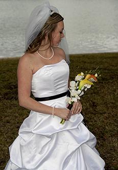 outdoor bridal portrait in Sugar Land TX