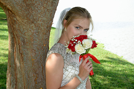 outdoor bridal portrait in Sugar Land by Brad Ottosen